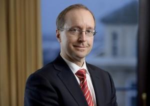 Dr. Laurenz Czempiel