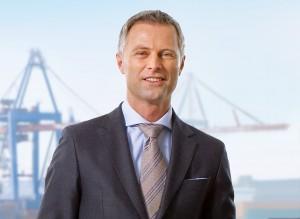Rickmers möchte künftig kapitalmarktnah auslaufen: bis zu 200 Mio. EUR sollen dabei rüberkommen.  Van Meenen (ob.) und Erdmann erläutern die Anleiheemission.