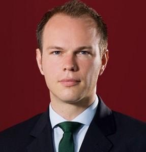 Dr. Timo Bernau