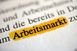 Arbeitsmarkt - orange markierter Text