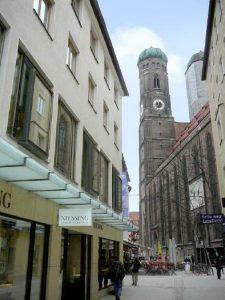 STERN IMMOBILIEN AG: Scope mit Änderungen des Anleihe- und Emittenten-Ratings