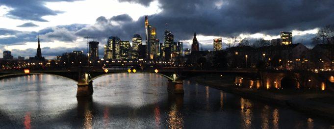Aufheiterung über Frankfurt? - @SLy