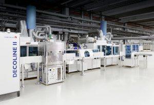 SINGULUS TECHNOLOGIES erhält Auftrag für eine Produktionslinie des Typs DECOLINE II für die Veredlung dreidimensionaler Bauteile in der Automobilindustrie