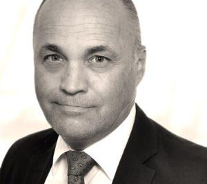 Jürgen Bauer, Aves One